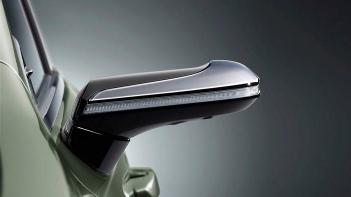 فناوری آینه بغل خودرو